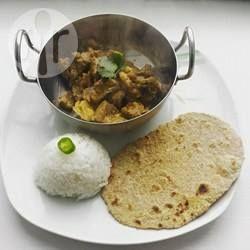 Rindfleisch Curry Bangladesch / Dieses Rezept für Rindfleischcurry kommt aus Bangladesch. Man kann es auch gut im Slow Cooker zubereiten (siehe Fußnote). @ de.allrecipes.com
