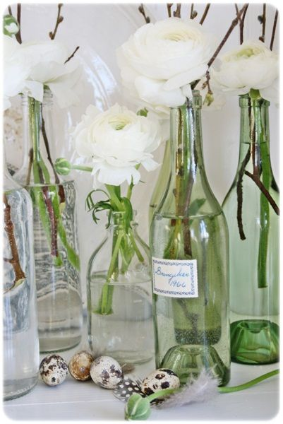 A 'fast, cheap & easy' way to enjoy flowers in winter... works great with a grocery store bouquet! (love this from VIBEKE DESIGN)