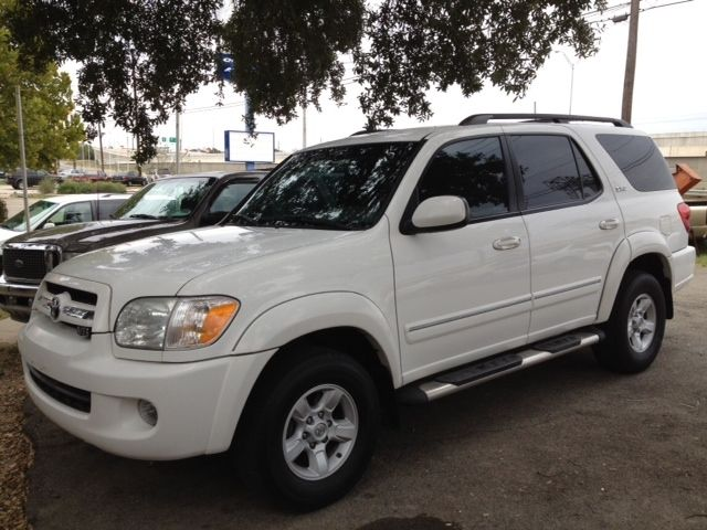 2006 Toyota Sequoia For Sale | White 2006 Toyota Sequoia Car for Sale in Austin TX | 3278537949 | Used Cars on Oodle Marketplace
