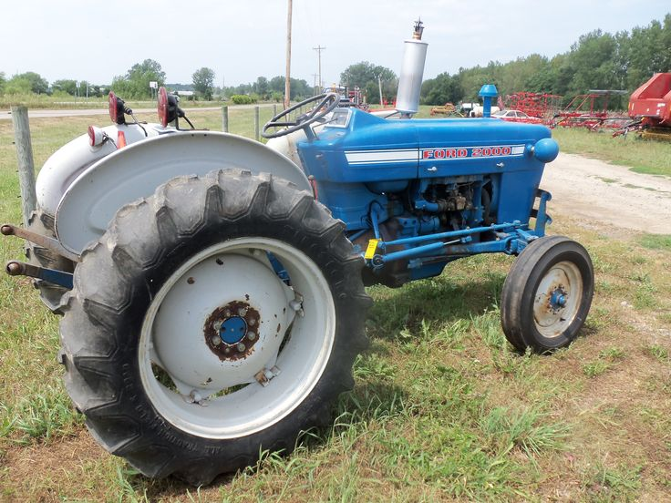 Ford 2000 Tractor Wheels : Best images about tractors general on pinterest