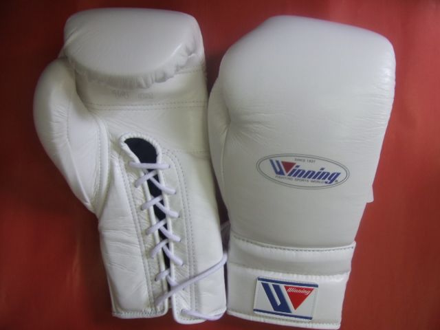 winning gloves (IN STOCK)  WINNING 14 oz of boxing gloves professional use lace up  in STANDARD COLORS