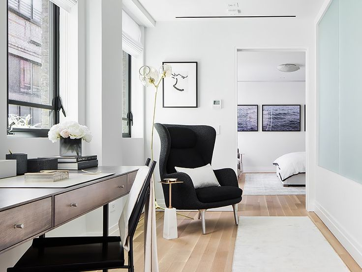 Inside a Modern Manhattan Townhouse via @MyDomaine