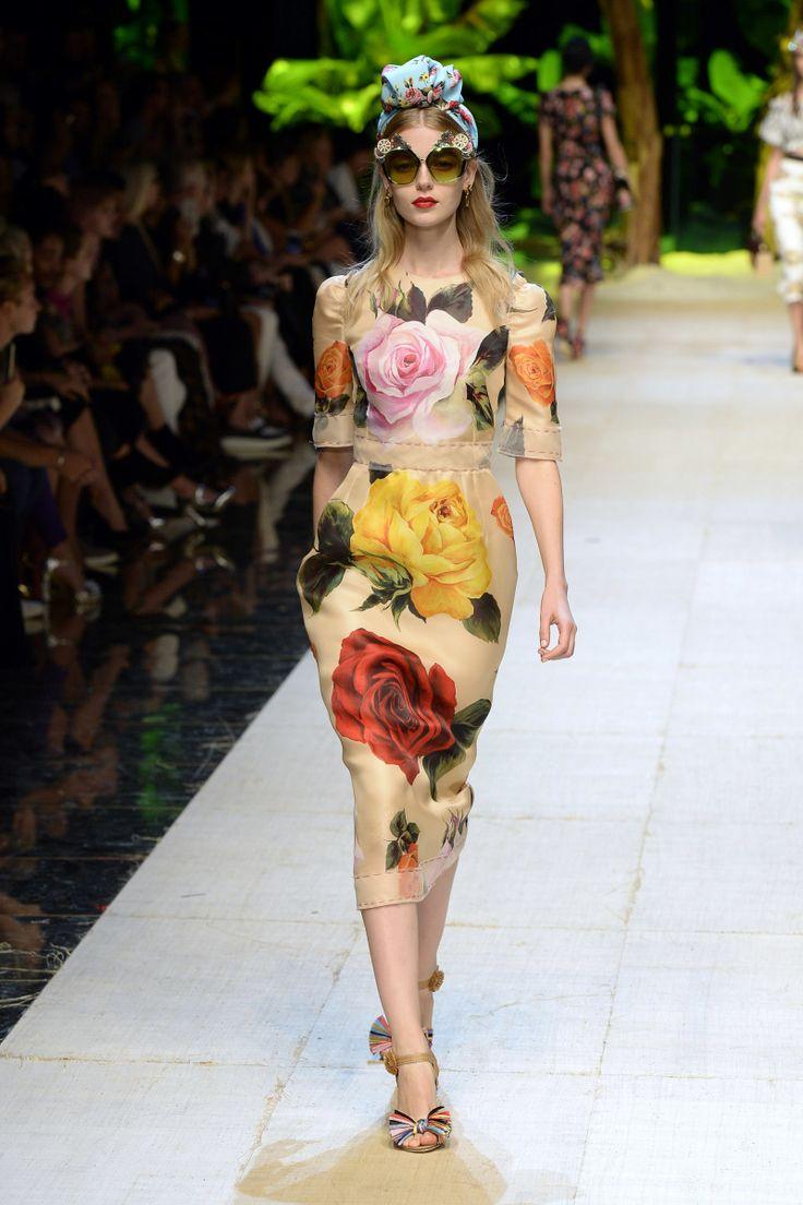 Dolce & Gabbana   Ready-to-Wear Spring 2017   Look 66