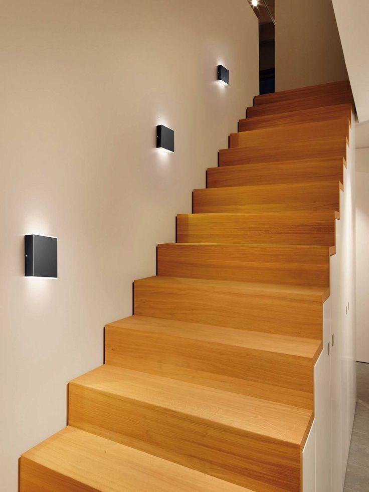 Die besten 25 treppenbeleuchtung led ideen auf pinterest treppenlicht lichter f r treppen - Wandleuchte treppenaufgang ...