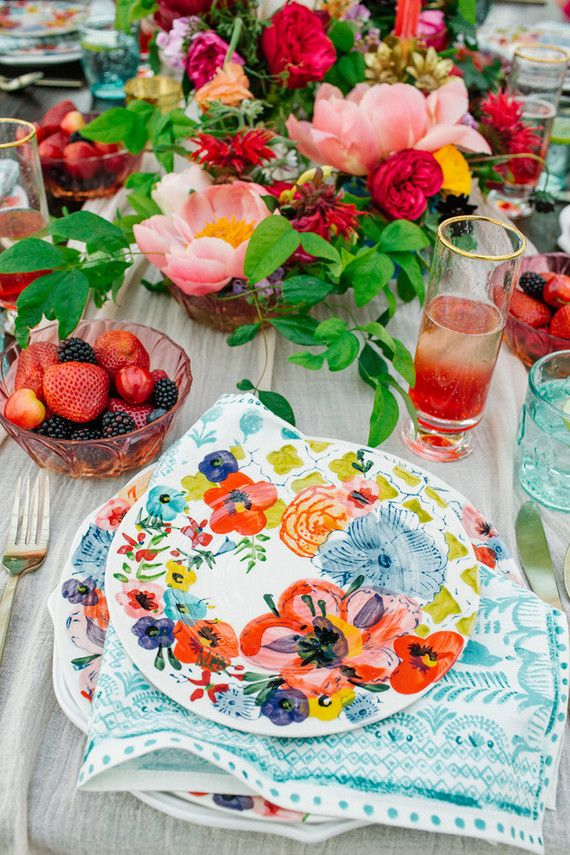 bridal shower themes for spring%0A Colorful plates