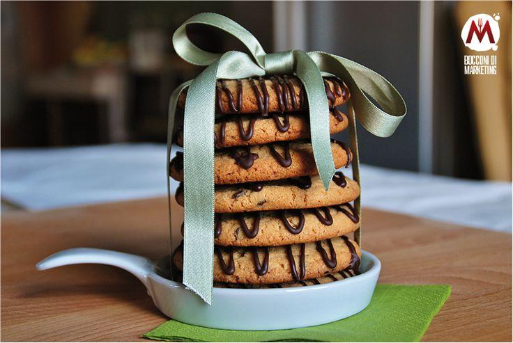 Maxi cookies alle arachidi e gocce fondenti   BOCCONI DI MARKETING