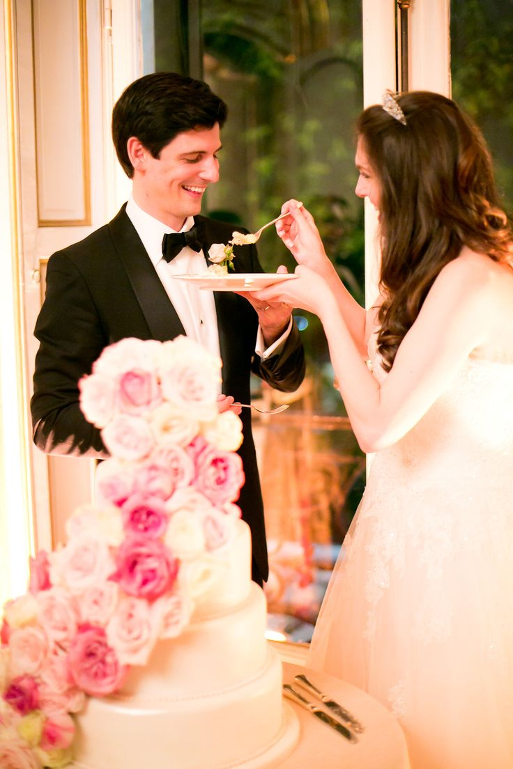 A first bite of a Synie's wedding cake - Photo by One and Only Paris Photography
