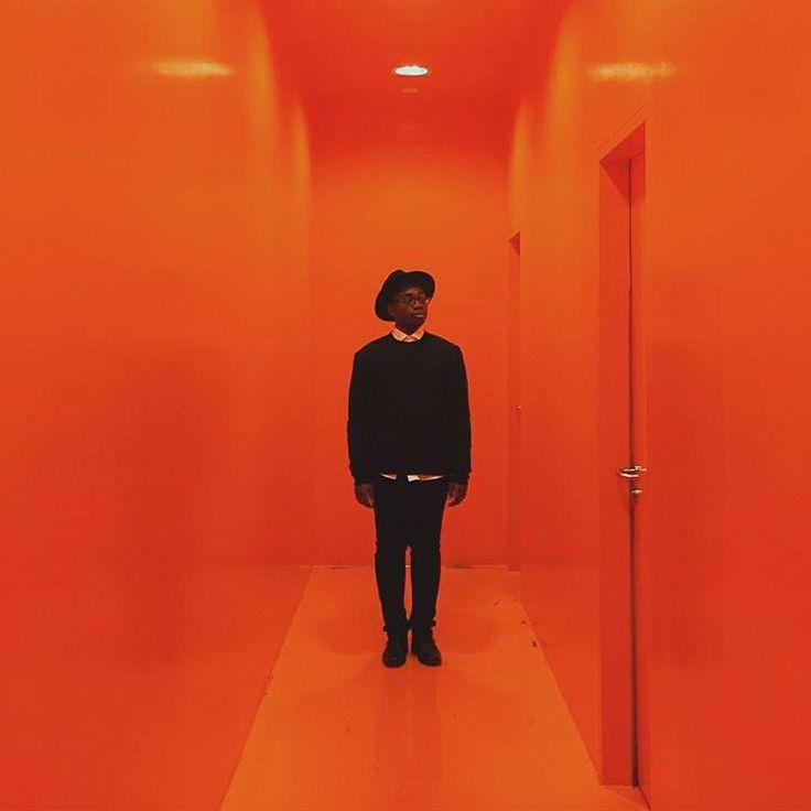 Ein kleiner Throwback zur 1LIVE Krone letztes Jahr. Das tolle Foto hat die @bornreadybetty gemacht! #orange #krone15 \Ich liebe dieses Foto\