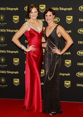 Cate Campbell (L) and Bronte Campbell (R) arrive at the Dally M Awards at Star City on September 29, 2014 in Sydney, Australia.