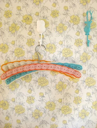 dottie angel: a 'happy hanger' how-to...