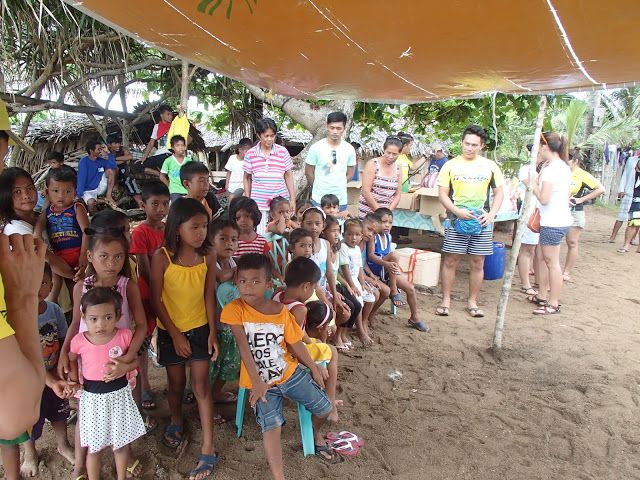 Angelo the Explorer: Exploring JOMALIG ISLAND - Share It, Give a little and you will Love It Feeding Program