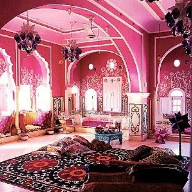 brit fashion designer liza bruce exotic holiday home in jaipur rajasthans famous pink capital city pink india dream room love the wall henna and the - Fashion Designer Bedroom Theme