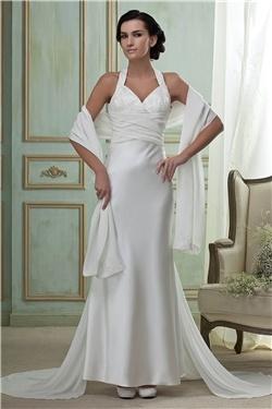 スレンダーラインウェディングドレス ホルターネック ロング長さ コートトレーン