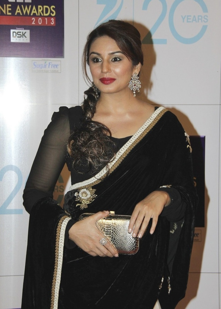 Huma Qureshi at Zee Cine Awards 2013.