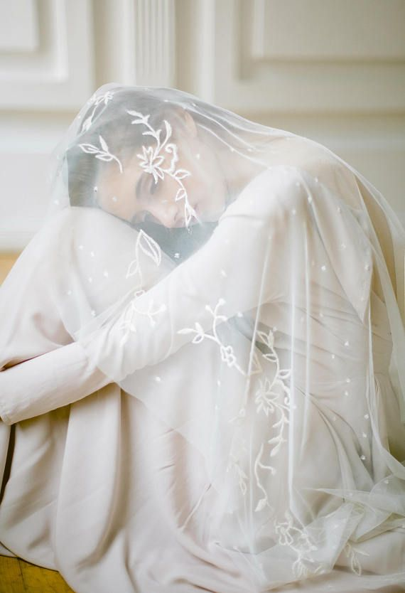 Cafe fingertip wedding veil with floral embroideryEdit description