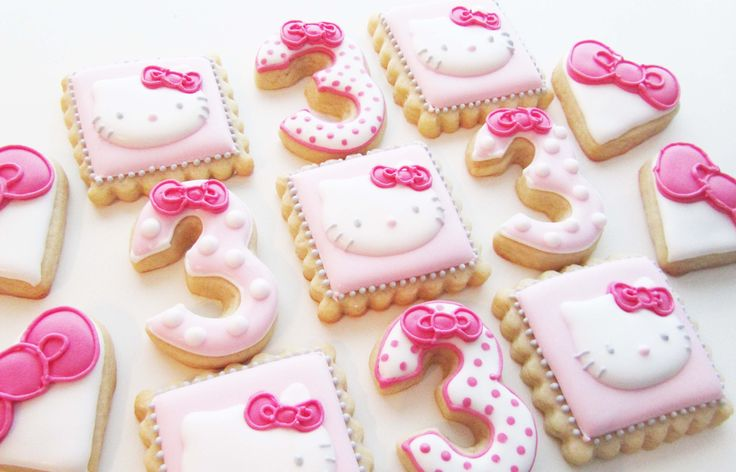 Hello Kitty Cookies by Lille Kage Hus. Cute and Kawaii