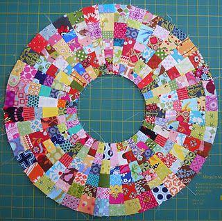 Love this!Quilt Maven, Quilt Ideas, Circles Piece, Weekend Reports, Quilt Block, Circles Quilt, Circles Wedges, Big Circles, Interesting Quilt