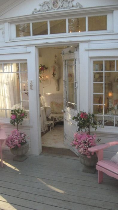 Gorgeous Shabby chic porch
