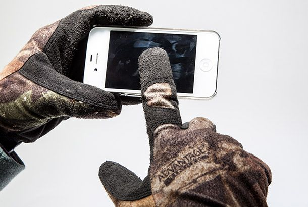 Outdoor Skills: Make Smartphone-Friendly Gloves! #Camping #outdoors #hiking