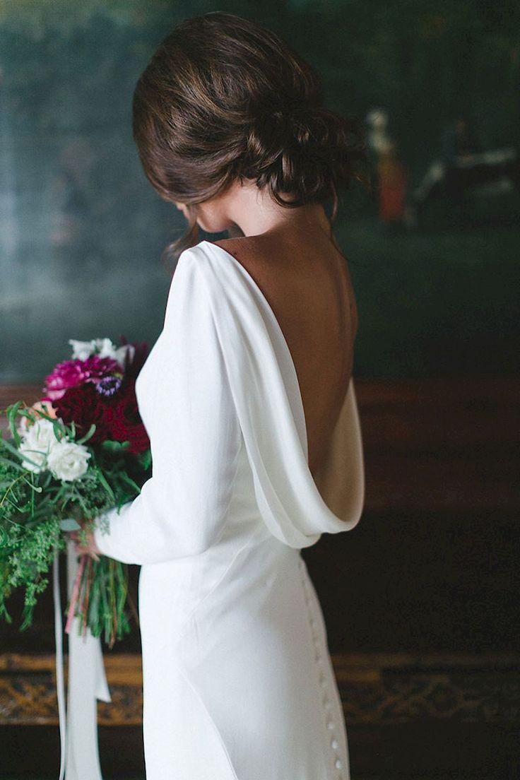 Cool 85+ Stunning Long Sleeve Wedding Dresses Ideas https://bitecloth.com/2017/11/12/85-stunning-long-sleeve-wedding-dresses-ideas/