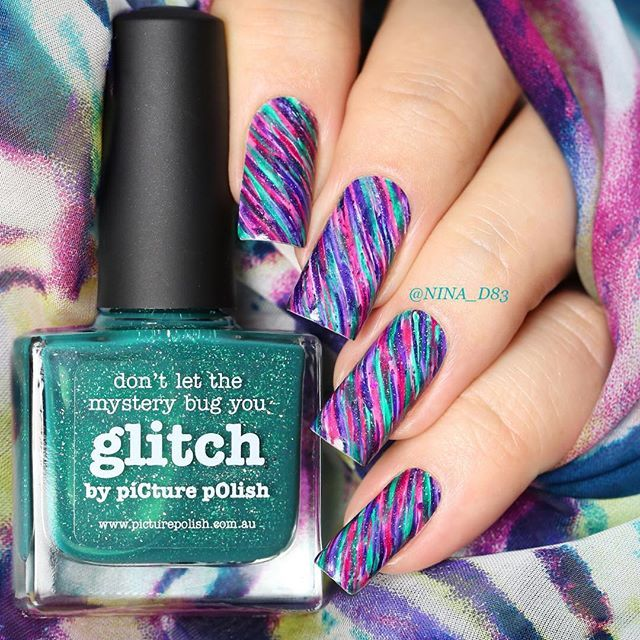 Celebrating piCture pOlish Fest 2015! Distressed mani using three shades from the latest collection - (A)live, Glitch, and Muse. Thank you so much Jules @picturepolish ❤️ For the distressed look I used JUSTNAIL DANCE BRUSH #21 from FabUrNails - thank you so much Johanne @faburnails
