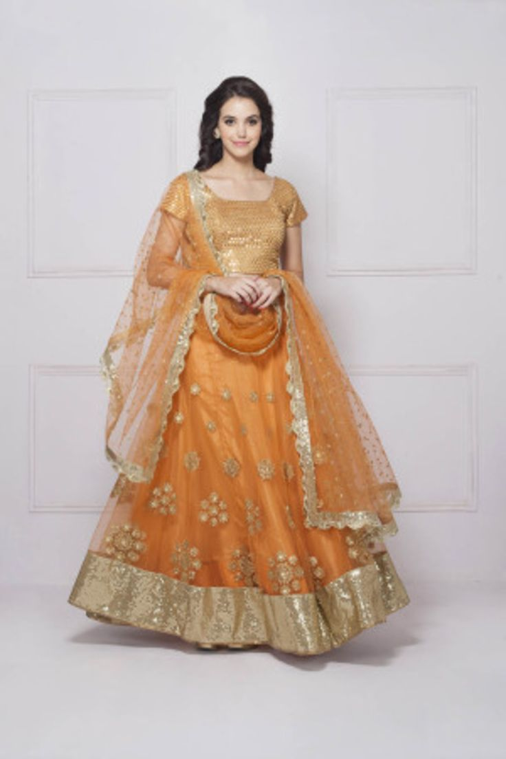 HOUSE OF OMBRE orange thread work lehenga #Flyrobe #Bride #Wedding #Lehenga #IndianWedding #designer #designerlehenga #lehengacholi #lightlehenga #heavylehenga
