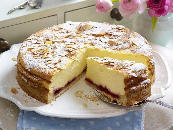 himmlischer käsekuchen mit mandelkruste/heavenly cheesecake with almond crust
