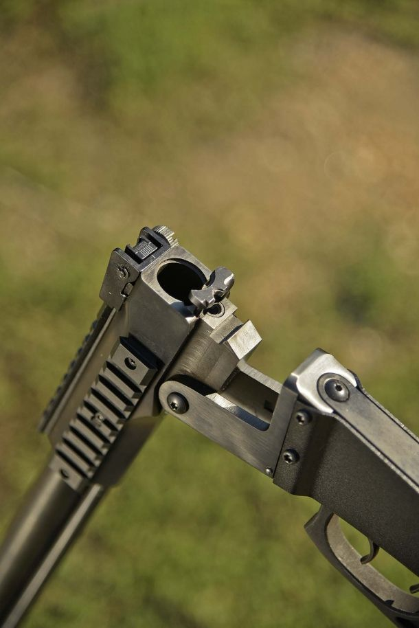 Chiappa Firearms M6 X-Caliber: the survival rifle coming from the sky