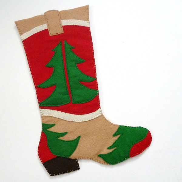 Our youngest is very serious about being a cowgirl when she grows up/ I want to make this cute stocking for her for next year. Great tutorial and pattern. Cowboy Boot Christmas Stocking Pattern