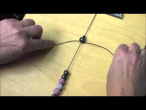 Sieraden maken: Shamballa armband knopen. - Instructies - Weethetsnel.nl