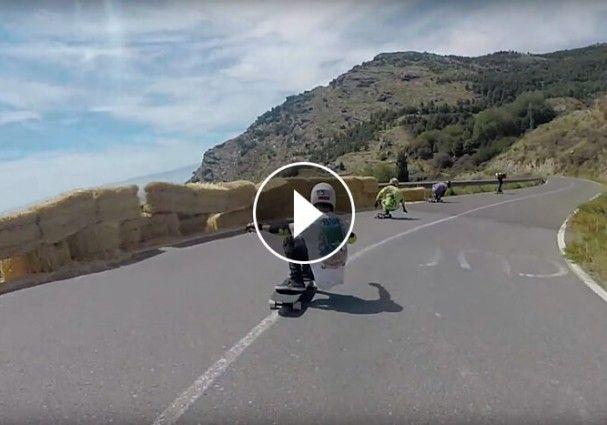 Continuando con los videos de longboard Juan Mendez nos hizo llegar este del pasado Velefique International Freeride 2015. Bajadas vertiginosas, curvas, riders y un ambiente extraordinario se dieron cita una vez más en Velefique.  #longboard #velefique #almería #almeriatrending #almeria #almeria_trending #skate #streetluge #rollers #quads #trickys #longboarders