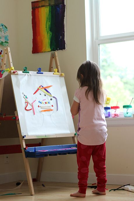 create a face easel activity for kids