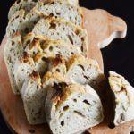 Kek Kalıbında Ekşi Mayalı Ekmek (Soğuk Mayalama)