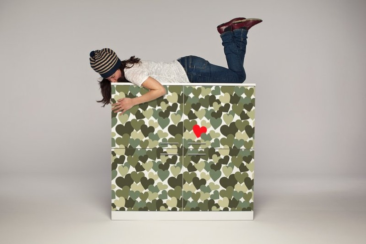 Love always stands out in a crowd ♥    http://www.hollo.it/hollo/c175-dont-camouflage-your-love/#   Hollo
