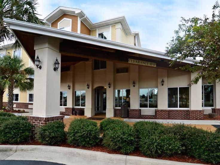 Wilmington (NC) Best Western PLUS Wilmington Carolina Beach United States, North America Best Western PLUS Wilmington Carolina Beach is conveniently located in the popular Wilmington City Center area. Offering a variety of facilities and services, the hotel provides all you need for a good night's sleep. Service-minded staff will welcome and guide you at the Best Western PLUS Wilmington Carolina Beach. Guestrooms are fitted with all the amenities you need for a good night's sl...