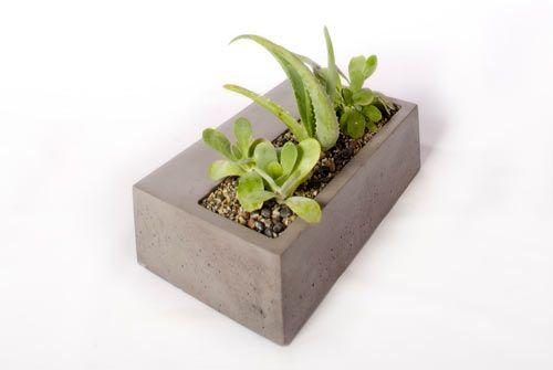 modern-planter-kevin-wood-V4-Planter