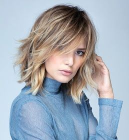 Fashion in your hair: Medium disheveled hair with bangs 2019/2020
