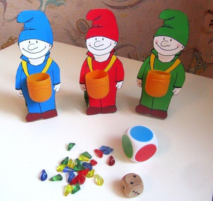 Знаете  чем  обычно  занимаются  гномы?  Их  главное  дело-  искать  драгоценные  камни  под  землей.  Найденные  камни  они  хранят  в  сундуках. ...