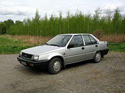 Mitsubishi Lancer 1987 zilvergrijs