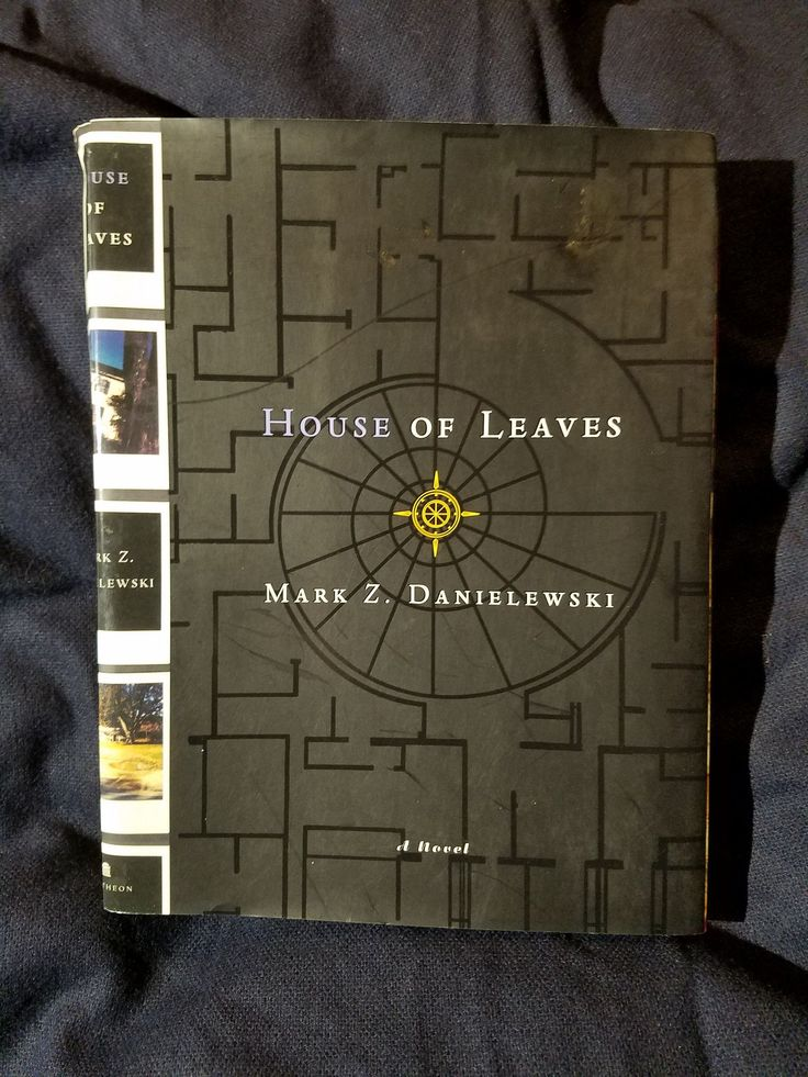House of Leaves by Mark Z. Danielewski - uncorrected proof copy