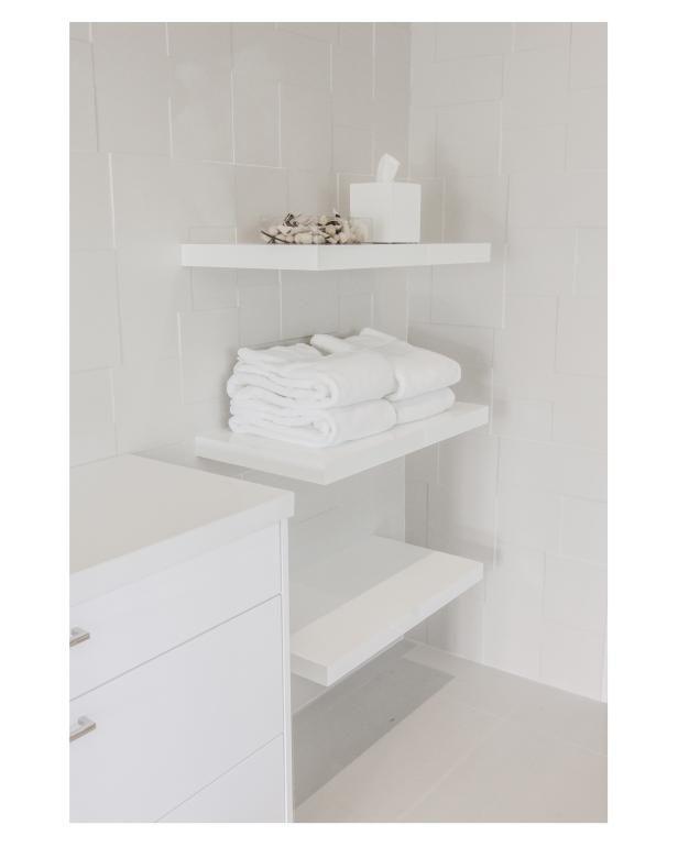 Dekorieren Sie Ihr Haus Mit Weissen Schwimmenden Regal Mobel Schwimmendes Regal Ikea Hangeregal Schwimmende Regal Dekor