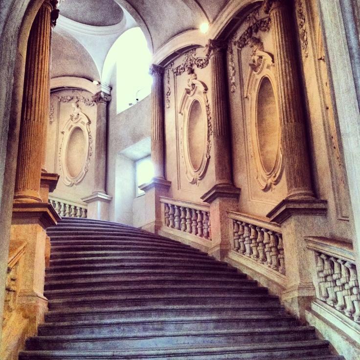 Una delle scalinate più belle di Torino #lamiatorino