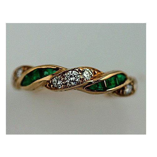 Vintage 18 Kt Yellow Gold Emerald Diamond Wedding Band Circa 1970's