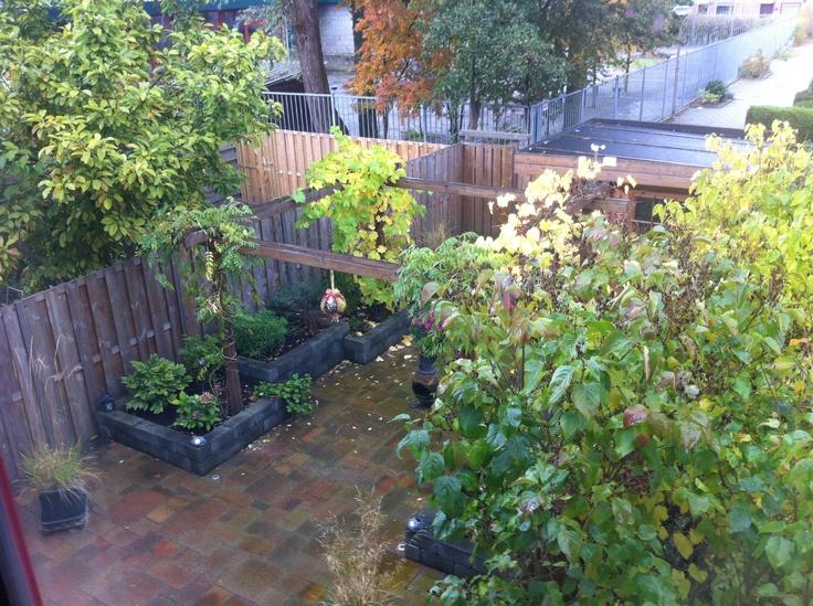 25 beste idee n over stenen plantenbakken op pinterest dremel en dremel projecten for Tuin decoratie met stenen