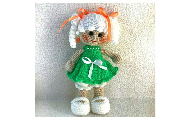 Кукла с хвостиками в зеленом платье   Куклы, Хвостики ...