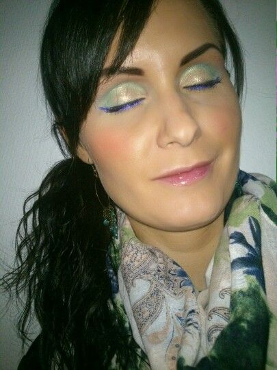 Check out my late summer look. I have combined the beautiful 3 colors mint green, gold and purple. Learn how to copy this look. http://beautybybruun.dk/b/?p=4540