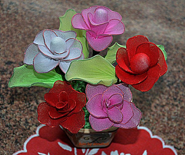 Rózsa csokor harisnyából
