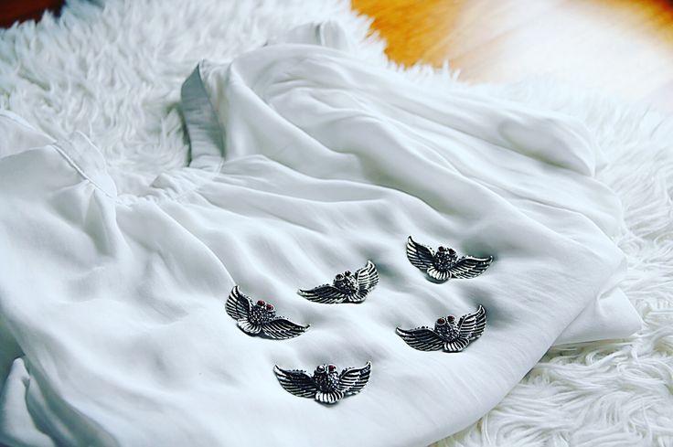 Owl brooch ! Rhinestones decoration!