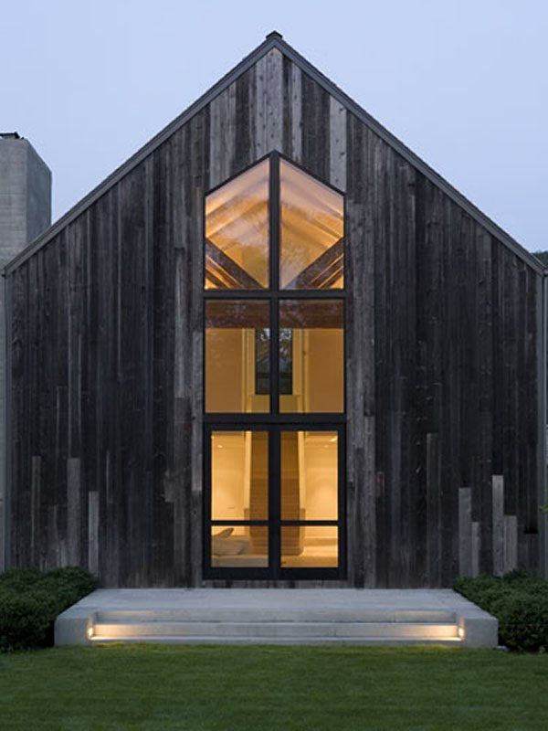Renovated barn house architecture building renovation for Barn renovation