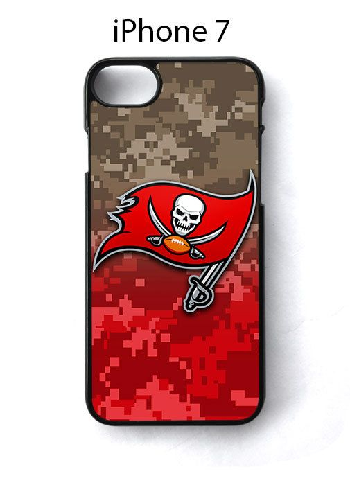 Tampa Bay Buccaneers on Camo iPhone 7 Case Cover